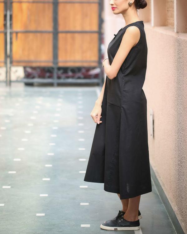 Black Keyhole Neckline Dress 2