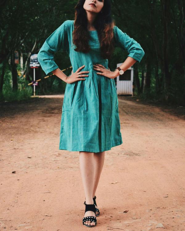 Textured Deep Green Cotton Dress 1