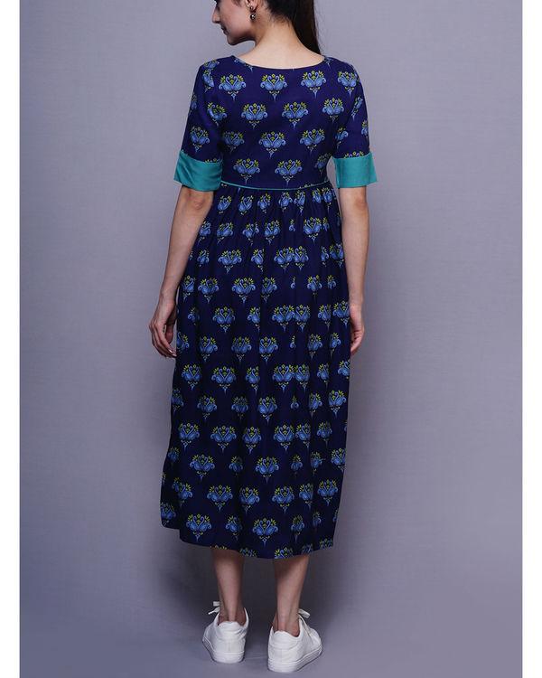 Blue swan dress 2