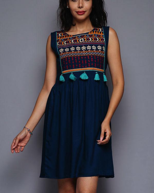 Tasseled short dress 2