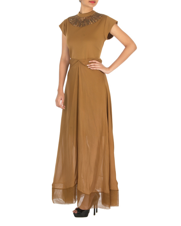 Two panelled brown gown 2