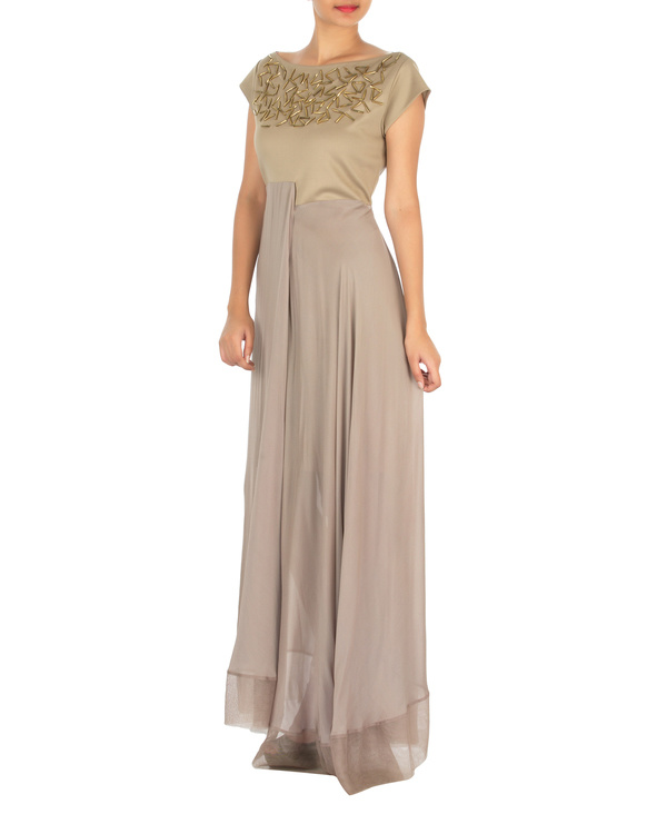 Three panelled beige gown 2
