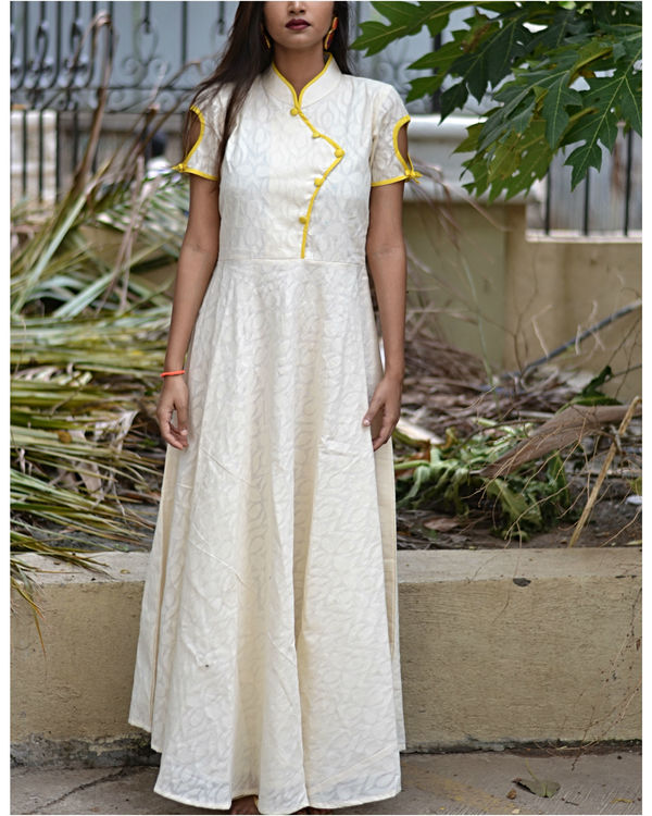 White fit and flare dress with dupatta 1