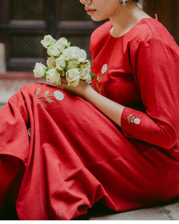 Blooming Red Kurta Set 2