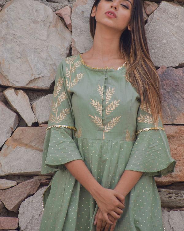 Polka green kurta set 1