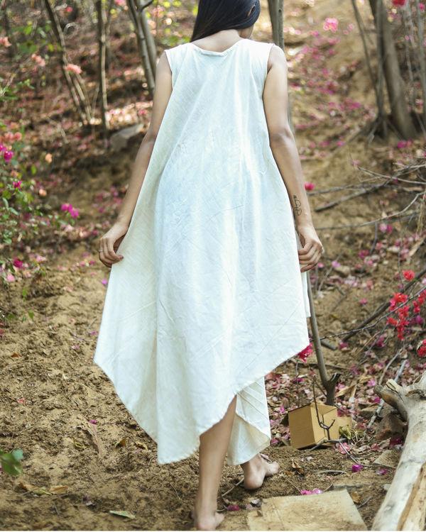 Wavy button dress 1
