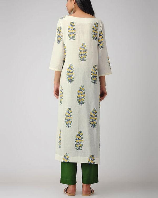 Ivory printed kurta 2