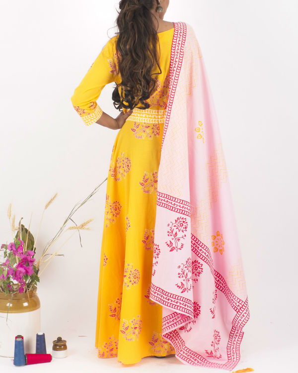 Yellow flared dress with dupatta 2