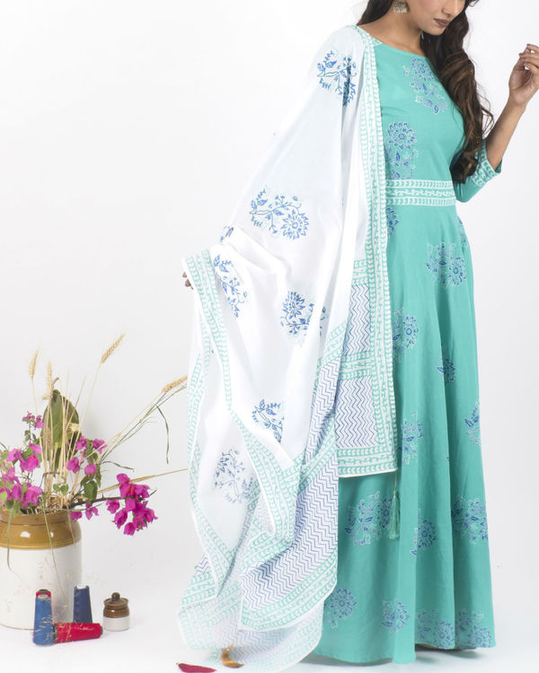 Mint creme dress with  dupatta 2