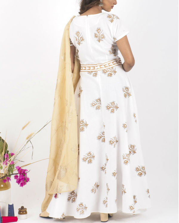 Desert bloom dress with dupatta 2