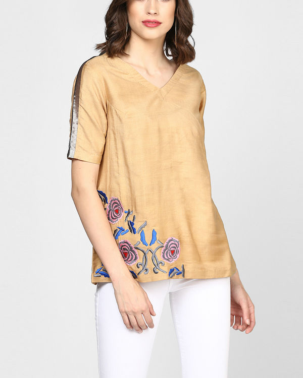 Beige embroidered top with pocket 1