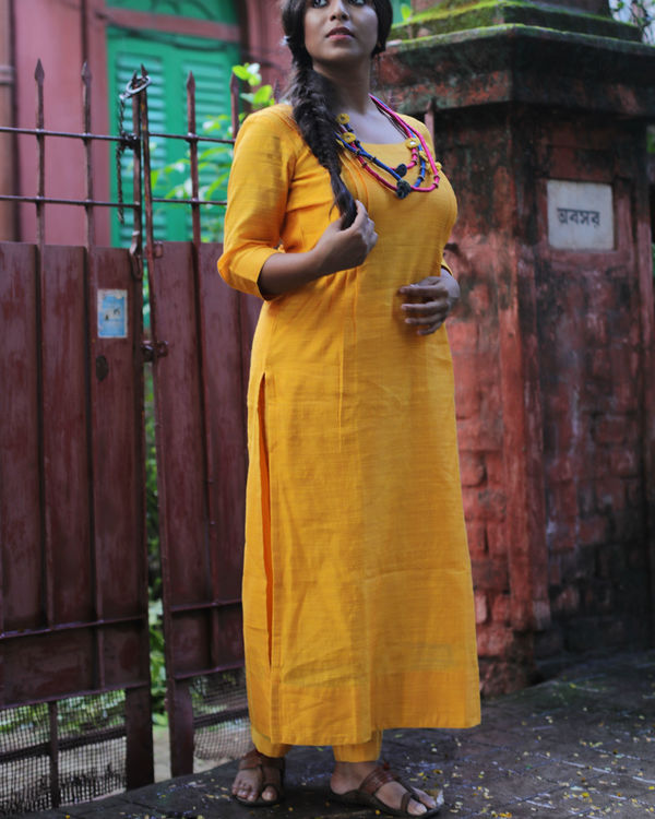 Yellow chanderi kurta with pants and chanderi dupatta 2