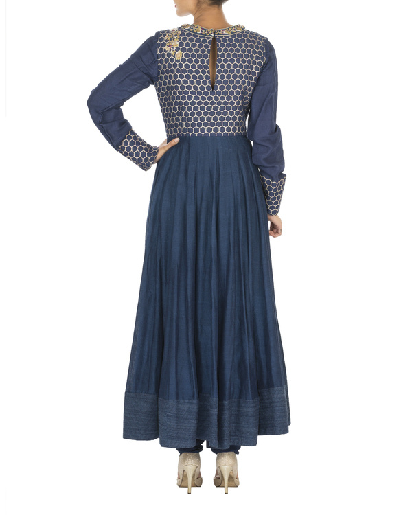 The flowering lattice navy blue quilted tussar georgette anarkali set 1