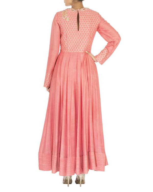 The flowering lattice coral quilted tussar georgette anarkali set 1
