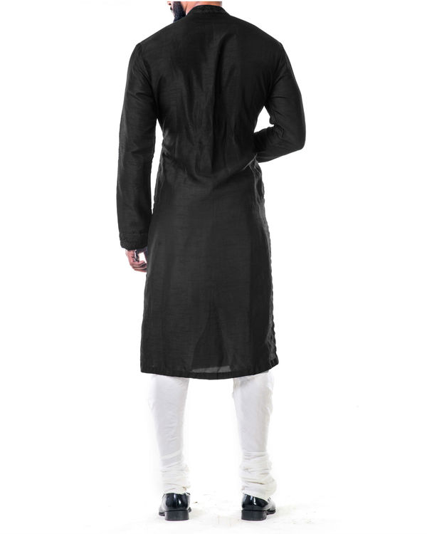 Black ari embroidery silk kurta set 2