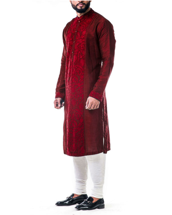 Maroon ari embroidery silk kurta set 3