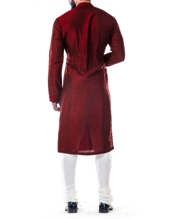 Maroon ari embroidery silk kurta set 2