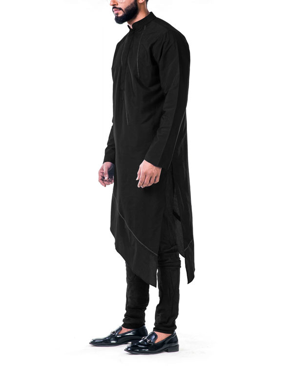 Black  asymmetrical hemline embroidered kurta set 1