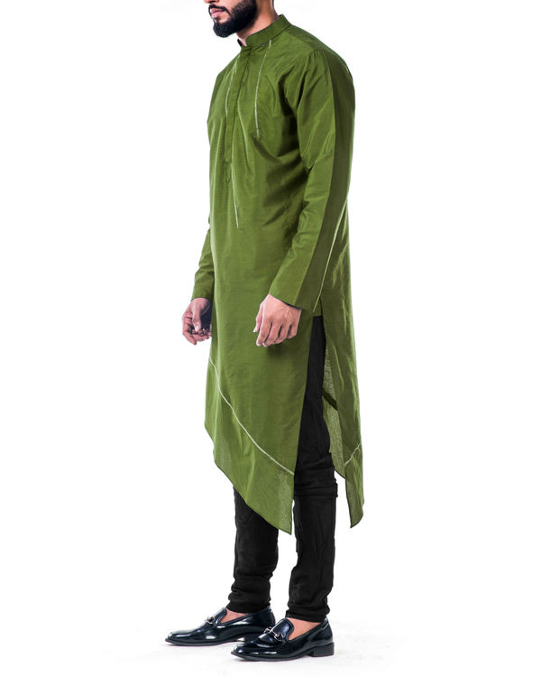 Green  asymmetrical hemline embroidered kurta set 1