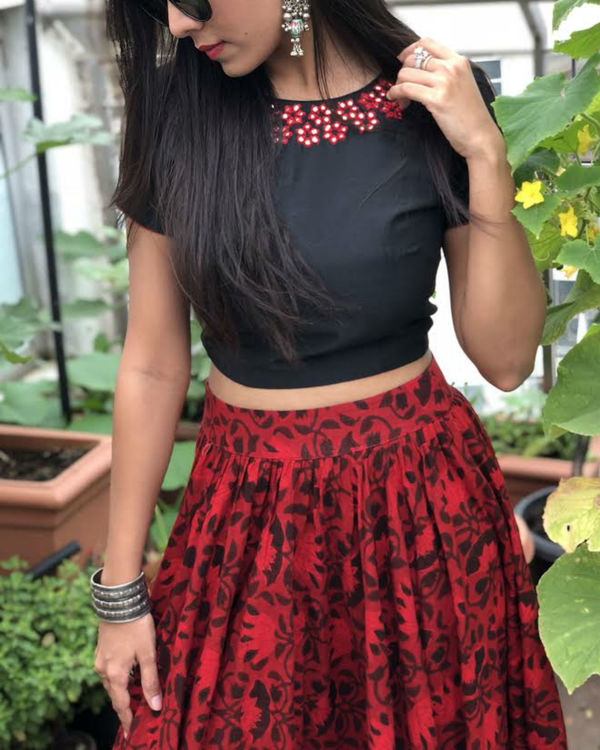 Red and black crop top and skirt set 1
