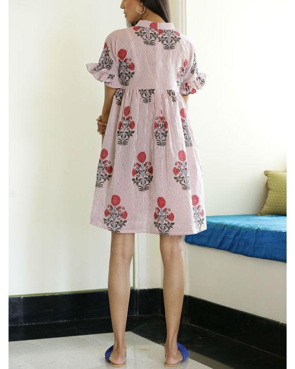 Short gathered dress 1