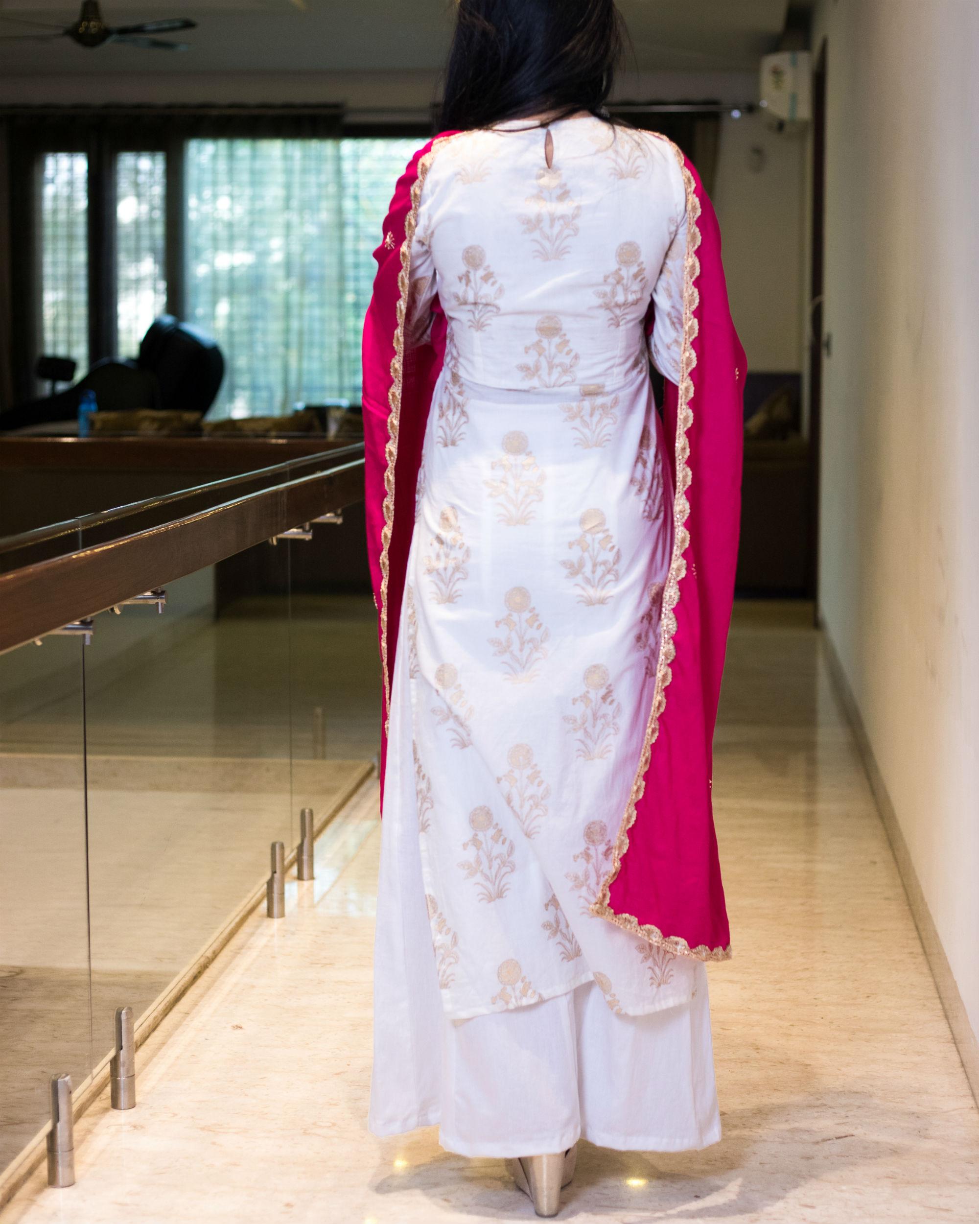 Ihram Kids For Sale Dubai: White And Pink Kurta Set With Dupatta By Ambraee