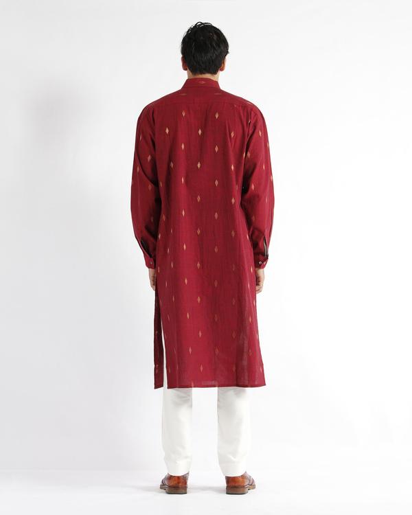 Maroon handwoven cotton drop shoulder kurta 2