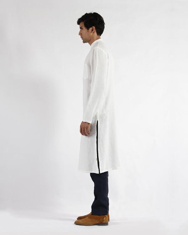 White linen slim collar long kurta 1