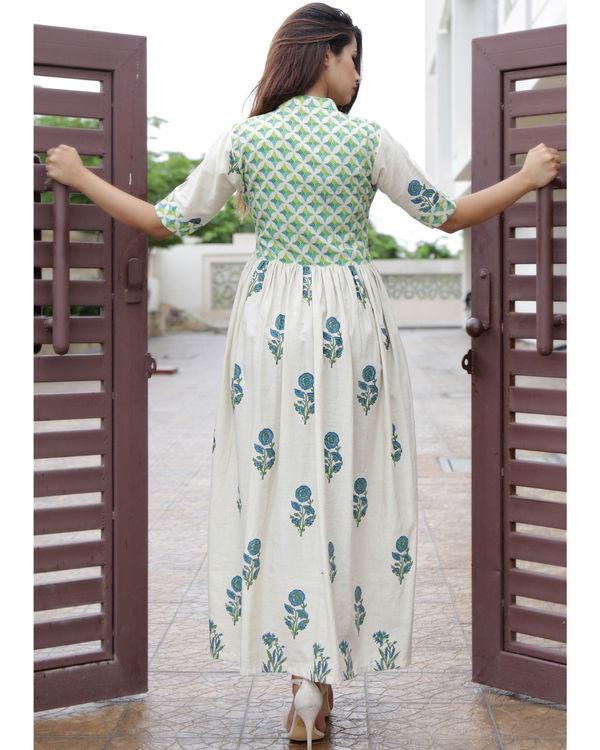 Beige printed straight dress 2