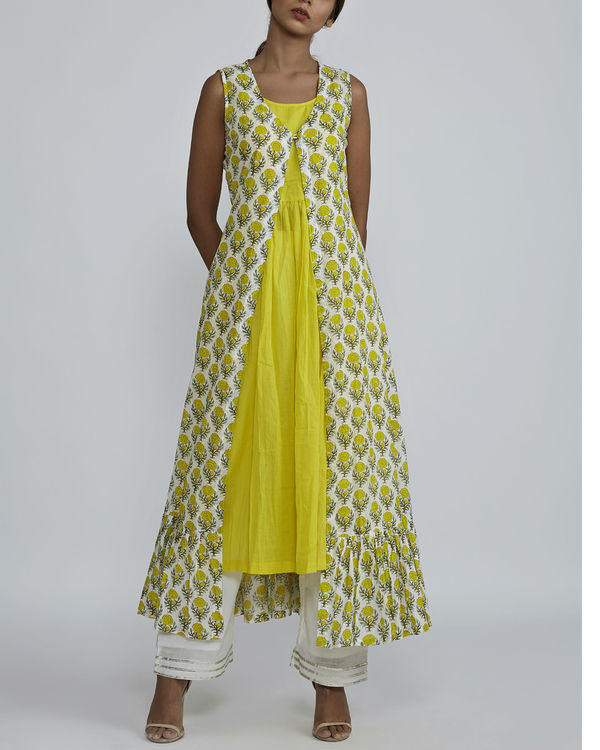 Lemon gathered kurta with lemon rose  cover up 1