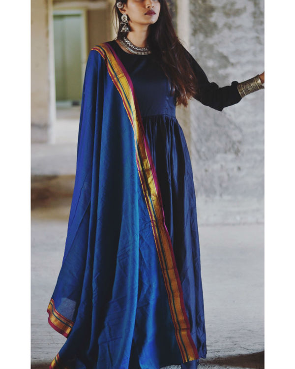 Blue fit and flare dupatta set 1