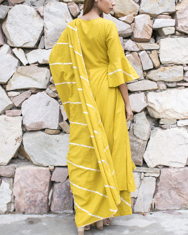 Yellow gota suit set with dupatta 1