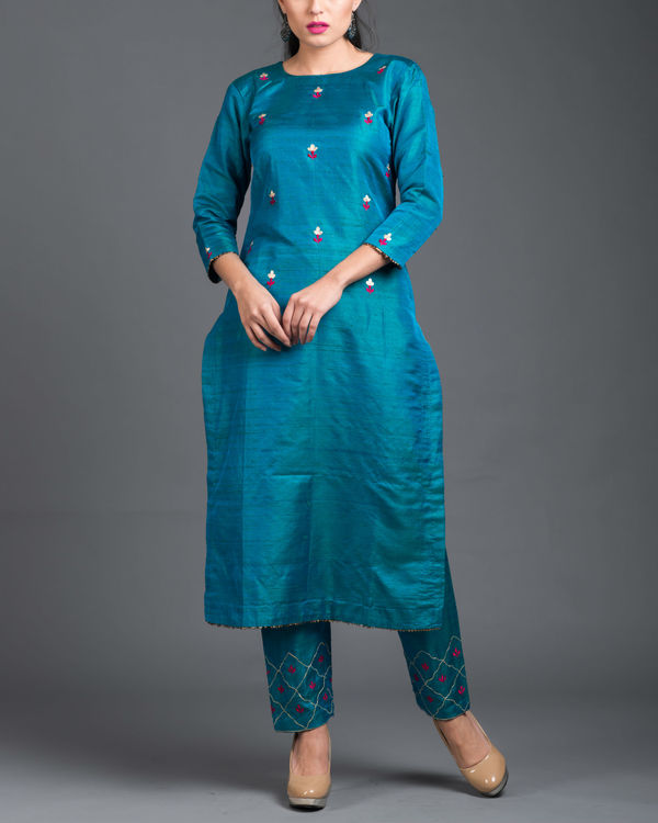 Turquoise pink embroidered set 1