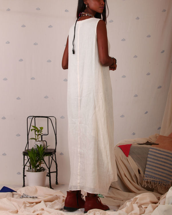 Muslin maxi with side cowls 1