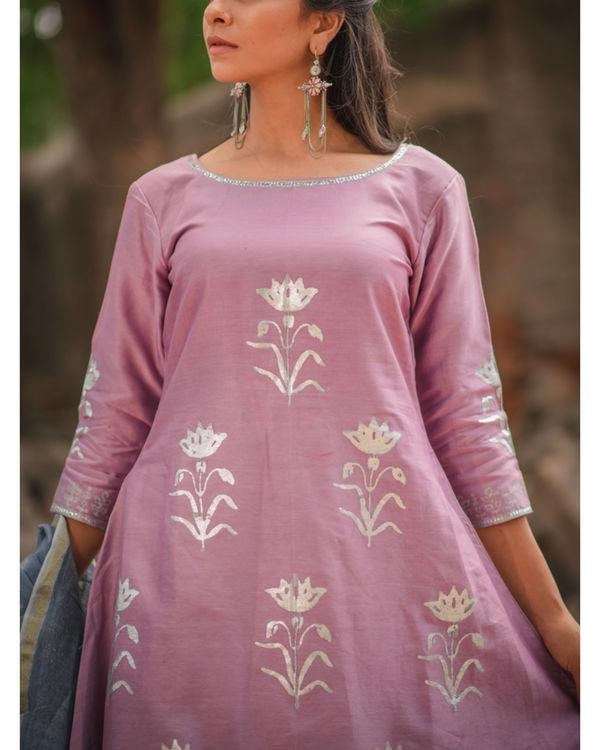 Lavender floral printed kurta pant set 1