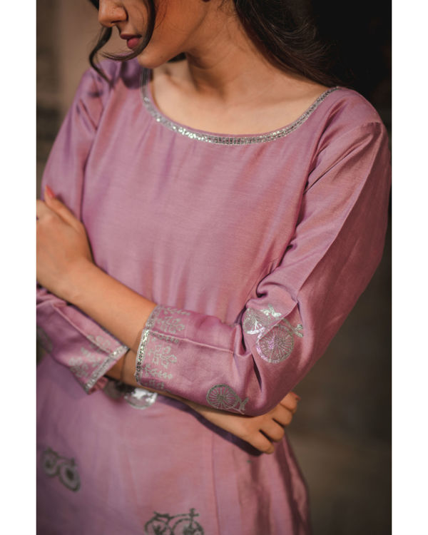 Lavender printed kurta and pant set 1