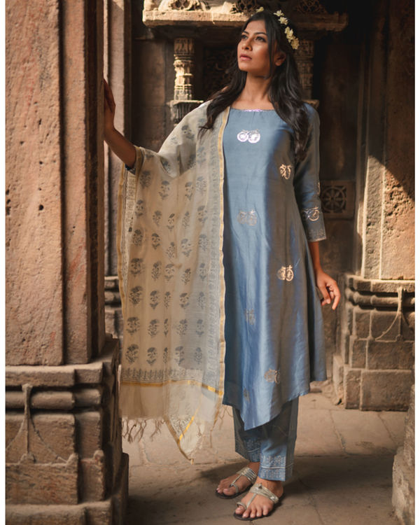 Blue cycle printed kurta set with dupatta 1