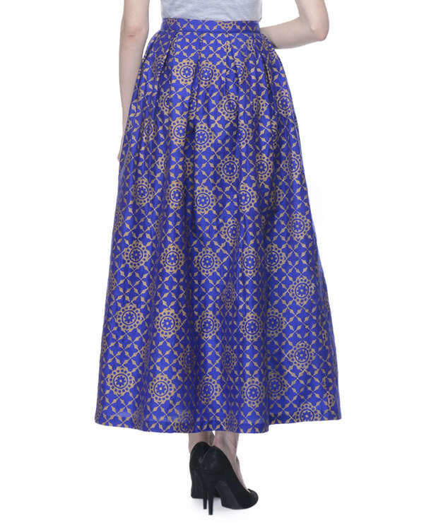 Blue pleated skirt with block printing 2
