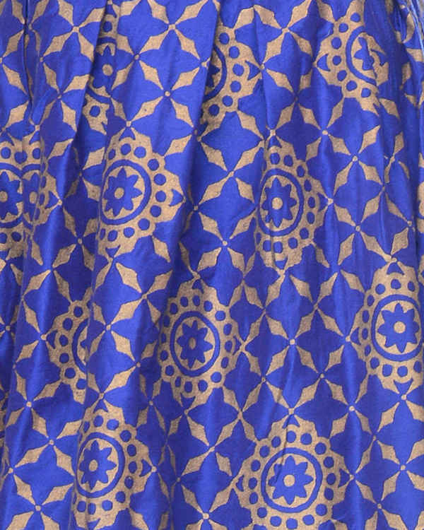Blue pleated skirt with block printing 3