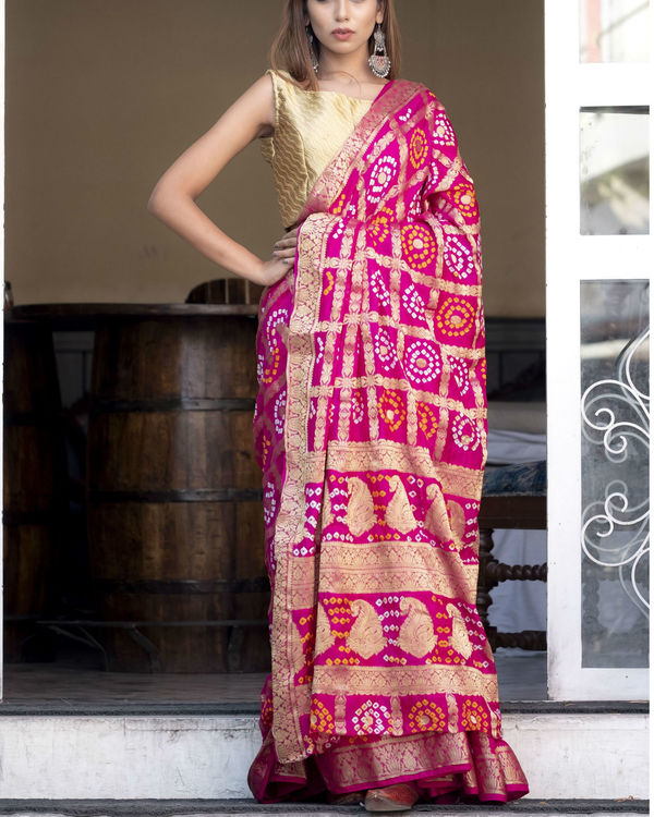 Magenta silk checked printed sari with blouse 2