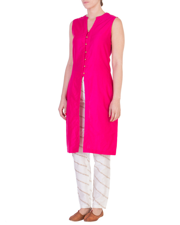 Pink solid straight tunic with tapered printed pants in off white 1