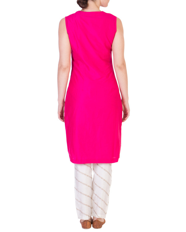 Pink solid straight tunic with tapered printed pants in off white 2