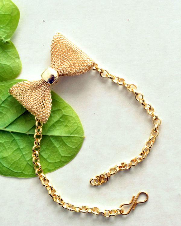 Knotty bow bracelet 1