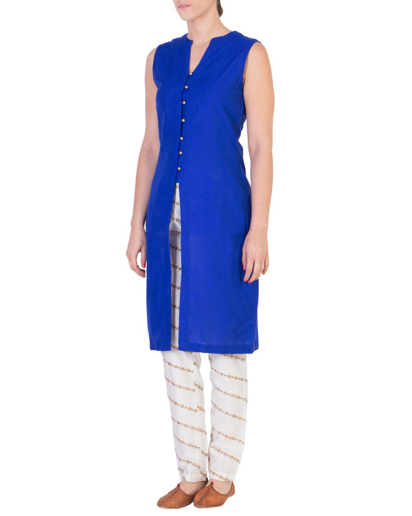 Blue solid straight tunic with tapered printed pants in off white 1