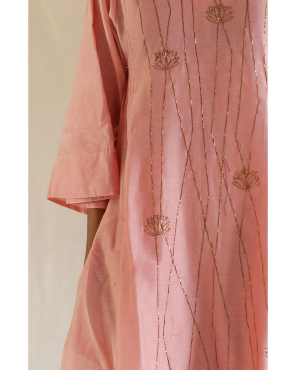 Pink linear embroidery kurta with pants 1