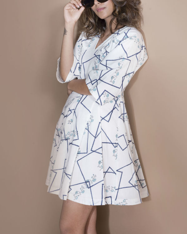 Geometric kimono flared  dress 1