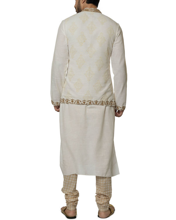 Khadi cotton hand embroidered kurta set 1