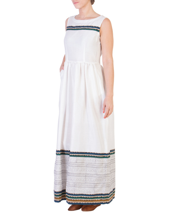 White maxi with printed detailing 2