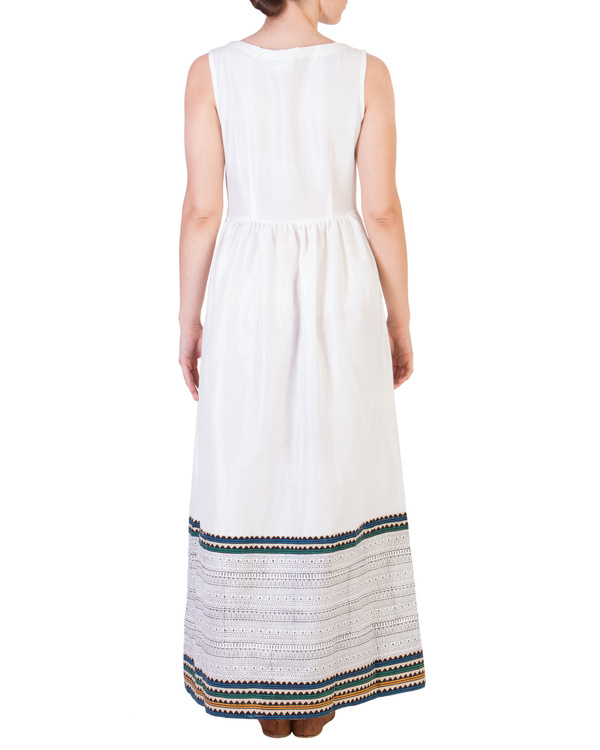 White maxi with printed detailing 3