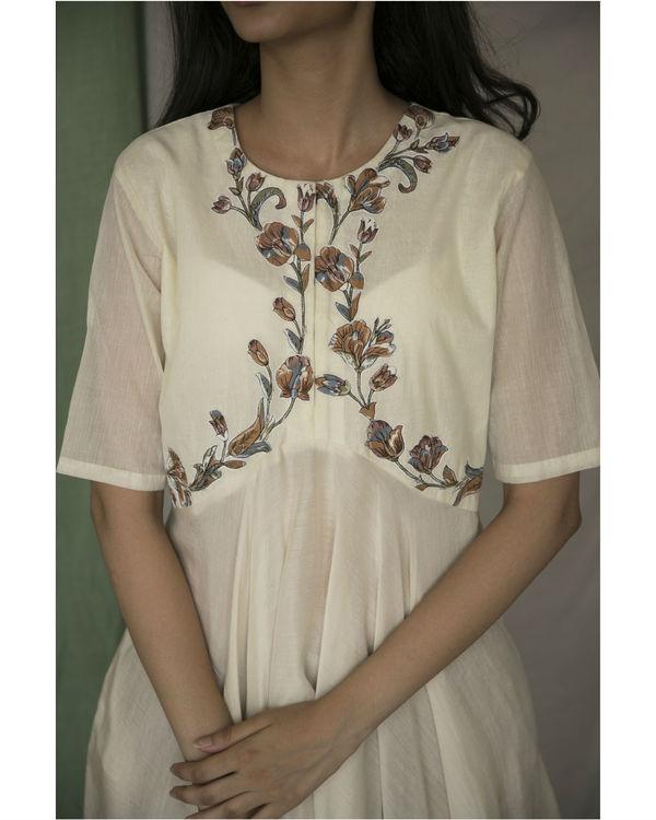 Ivory handkerchief kurta 2